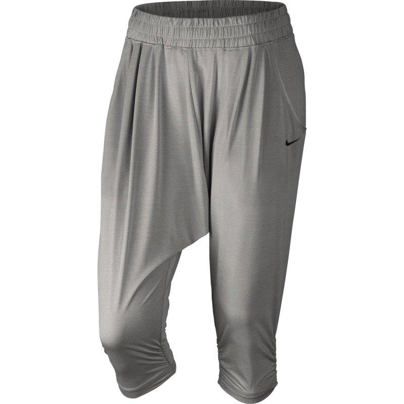 0fe032beddbd56 Nike 688450 Sportowe Spodnie Damskie 34 050 Capri Avant qxFCtwY